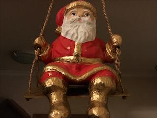 Nikolaus sendet Liebesgrüße zu Weihnachten.